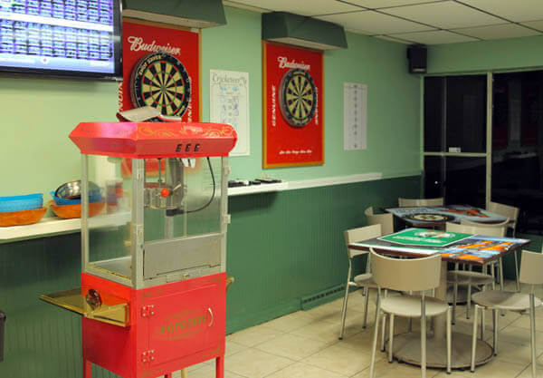 Hayes-Tavern-Darts-Pop-Corn-Keno1-600x417