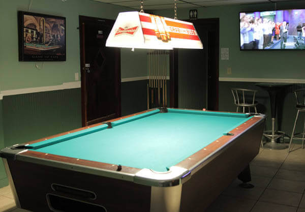 Hayes-Tavern-Pool1-600x417